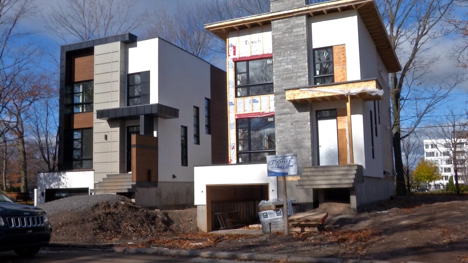D co construction et porte de garage for Construction habitat