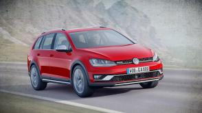 VW Golf Alltrack 2018 et Nissan Kicks 2018