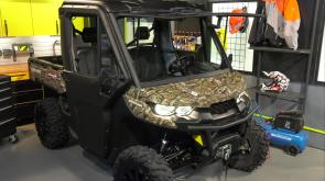 Polaris Pro RMK Khaos 155, Defender XT Cab HD 10